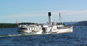 Skibladner seiler på Mjøsa